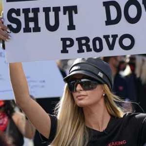 Mengaku Pernah Jadi Korban Pelecehan Selama Jadi Murid, Paris Hilton Tuntut Sekolah Asrama Provo Canyon School Ditutup