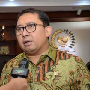 Berselingkuh Dengan Kekuasaan, Fadli Zon Sulit Ditundukkan Prabowo?