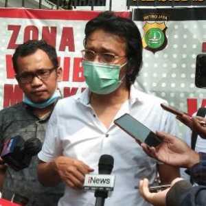 Kunjungi Polda Metro, Adian Napitupulu Sesalkan Kekerasan Terhadap Wartawan