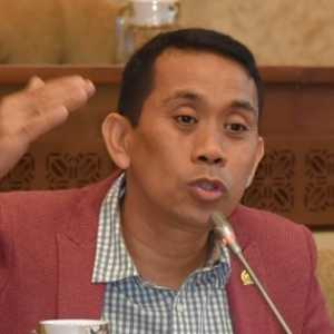 Gerindra: Langkah Presiden Tegur Luhut Dan Bahlil Sudah Tepat