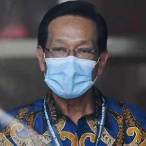 Sri Sultan Minta Warga Yogya Tidak Panik Meski Merapi Berstatus Siaga
