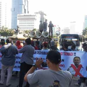 Proyek Tanjung Ular Diduga Bermasalah, Demonstran Minta Kepala Biro LPPBMN Kemenhub Diproses