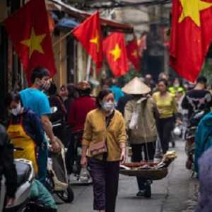 Vaksin Covid-19 Masih Berisiko, Vietnam Fokus Ke Langkah Pencegahan Infeksi