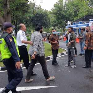 Menerobos Masuk, Demonstran Desak Pejabat Kemenhub Yang Bermasalah Ditindak Tegas