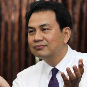 Azis Syamsuddin: Kondisi Politik Cukup Kondusif Untuk Dongkrak Iklim Investasi