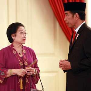 PDIP Itu Rumah Jokowi, Lantas Kenapa Harus Kerahkan Relawan
