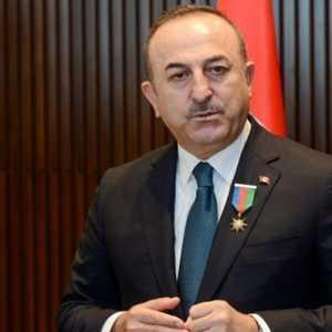 Turki dan Yunani Saling Sentil Soal Sanksi AS, Menlu Cavusoglu Pun Beri 'Nasihat Tahun Baru' Buat Nikos Dendias