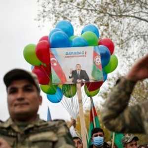 Ilham Aliyev Deklarasikan 10 November Sebagai Hari Kemenangan Azerbaijan Dalam Perang Nagorno-Karabakh