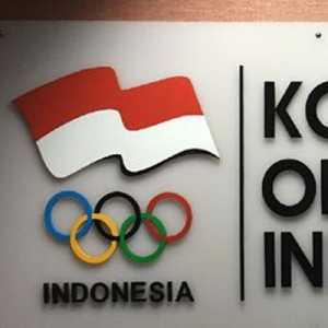 KOI Serahkan Bantuan Dana Olimpiade, Tiap Cabor Dapat Rp 28 Juta