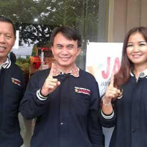 Dukung Jokowi Divaksin Pertama, Relawan Jaman Sindir Erick Thohir