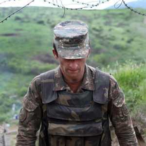 Azerbaijan Pulangkan Tiga Tentara Armenia