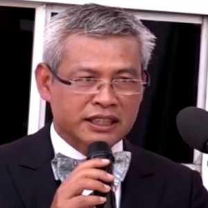 Duta Besar Indonesia Priyo Iswanto Terima Penghargaan Medali Seratus Tahun Elias Bechara Zainum