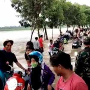 Dapilnya Banjir, Maman Imanulhaq: Fungsi Sungai Sudah Tidak Berjalan Optimal