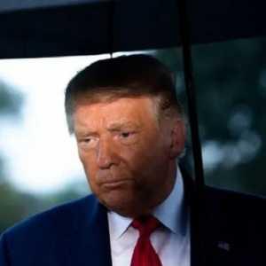 10 Eks Menhan AS 'Keroyok' Trump, Minta Sang Presiden Serahkan Kekuasaan Pada Joe Biden