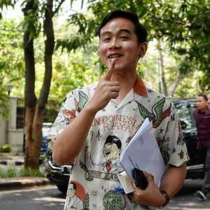 Gibran Dinilai Paling Pantas Wakili PDIP Di Pilpres 2024, Disusul Megawati, Ganjar, Dan Puan