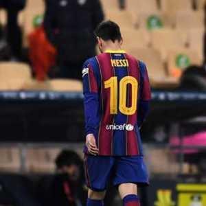 Messi Dapat Kartu Merah Pertamanya Bersama Barcelona, Koeman Bisa Memaklumi