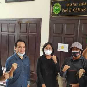 Kuasa Hukum Jumhur Hidayat: Dakwaan Jaksa Tidak Sah Karena Berubah