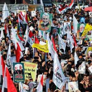 Irak Peringati Setahun Kematian Qassem Soleimani, Ramai Teriakan Slogan: Amerika Adalah Setan Besar!