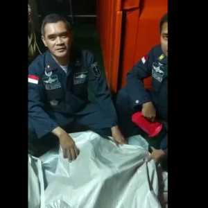 Petugas Temukan Benda Diduga Tangga Pesawat Sriwijaya SJ182