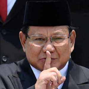 IPO: Jika Diamnya Prabowo Ke China Karena Tersandera Politik Itu Memprihatinkan