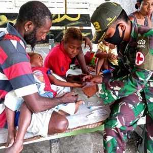 Miris, Dua Anak Papua Berobat Di Pos Satgas Perbatasan Papua Nugini Tanpa Peralatan Medis Memadai