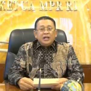 Garda Terdepan, Ketua MPR Dorong Pemerintah Masukkan Wartawan Penerima Prioritas Vaksinasi