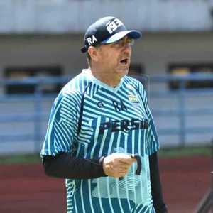 Liga 1 2020 Dihentikan, Pelatih Persib: Keputusan Yang Tepat