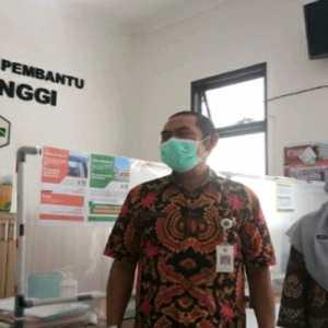 11 Pejabat Ikut Vaksinasi Covid-19 Perdana Di Solo, Walikota Dan Wakilnya Kok Tak Masuk Daftar?