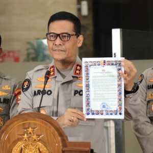 Ilham Bintang: Konstitusi Lebih Tinggi dari Maklumat Kapolri
