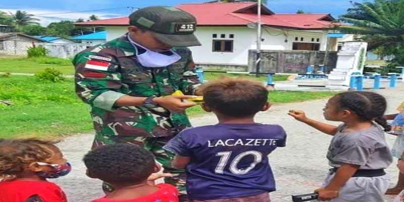 Gula-gula Untuk Anak Papua