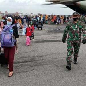 Pengungsi Korban Gempa Sulbar Tiba Di Bandara Adi Soemarmo Solo