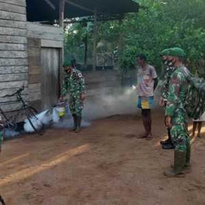 Cegah Malaria Dan Demam Berdarah, Satgas Pamtas Yonif 125/SMB Lakukan Fogging