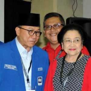 Zulkifli Hasan: Happy Birthday Untuk Mbak Mega