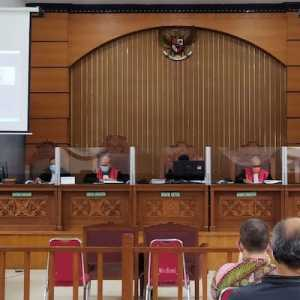 Sidang Eksepsi Jumhur Dijaga Ketat, Wartawan Dilarang Masuk Dengan Alasan Ruangan Penuh
