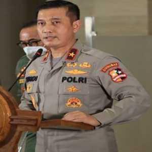 Polisi Sebut Tak Ada Pelanggaran Hukum Dalam Kerumunan Presiden Di Maumere