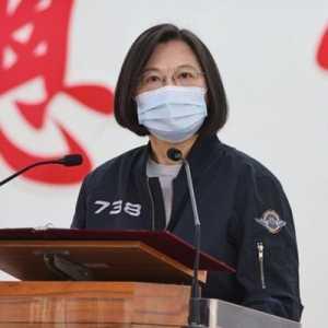 Pesan Imlek Tsai Ing-wen: Meskipun Tak Sempurna, Demokrasi Adalah Sistem Terbaik Umat Manusia