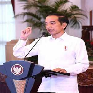 Jokowi Minta Dikritik, Haris Rusly Moti: Sepertinya Sedang Buat Jebakan Lagi