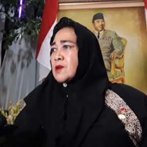 Rachmawati Soekarnoputri Ajak Wisudawan UBK Sikapi Digitalisasi Secara Bijak