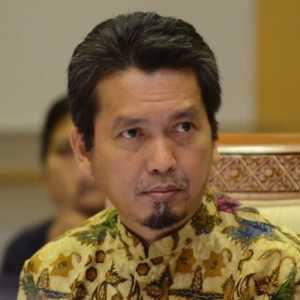 Menkominfo Beda Pendapat Dengan Presiden Jokowi, PKS: Pemerintah Enggak Kompak!