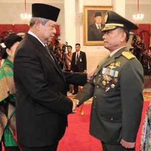 Saran Beathor Suryadi, Untuk Akhiri Isu Kudeta Moeldoko Harus Jumpai SBY