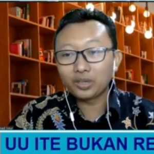 Ragukan Sikap Jokowi, Ketua YLBHI: Jangan-jangan Rencana Revisi UU ITE Hanya Gimmick?