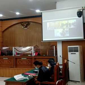 Eksepsi Jumhur Hidayat Ditolak Hakim, Perkara Dilanjut