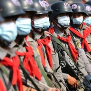 Polisi Myanmar Tindak Tegas Para Pendemo Yang Nekat Turun Ke Jalan Di Tengah Pembatasan Pertemuan