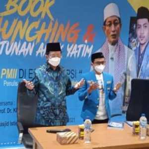 Hadiri Peluncuran Buku 'PMII Di Era Disrupsi', Nasaruddin Umar: Syarif Hidayatullah Cerdas Menangkap Tanda Zaman