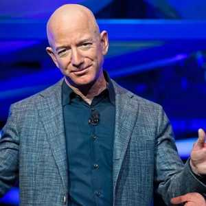 Depak Elon Musk, Jeff Bezos Bertengger Lagi Di Posisi Pertama Orang Terkaya Di Dunia