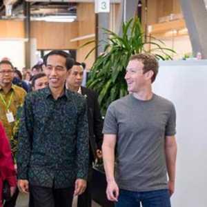 Kabar Angin Investasi Tesla, Publik Diingatkan Blusukan Jokowi Dan Mark Zuckerberg Ke Tanah Abang