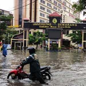 Pendukung Anies Baswedan Tidak Suka Banjir Semarang Dijadikan Bullyan