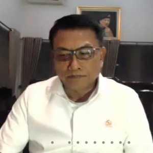 Ciderai Nama Baik Presiden, Jokowi Disarankan Copot Moeldoko Dari Kabinet