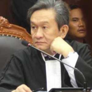 Maqdir Ismail: Ada Yang Ingin Cuci Tangan Di Kasus Korupsi Bansos Covid-19