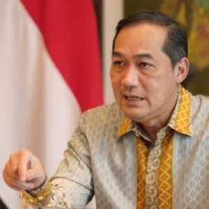 Sekjen PDIP: Mendag Itu Pembantu, Harus Senafas Dengan Garis Politik Presiden Jokowi